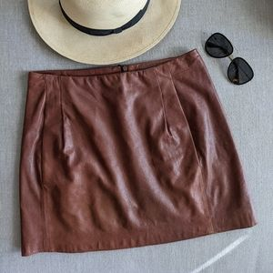 Vince leather skirt with pockets